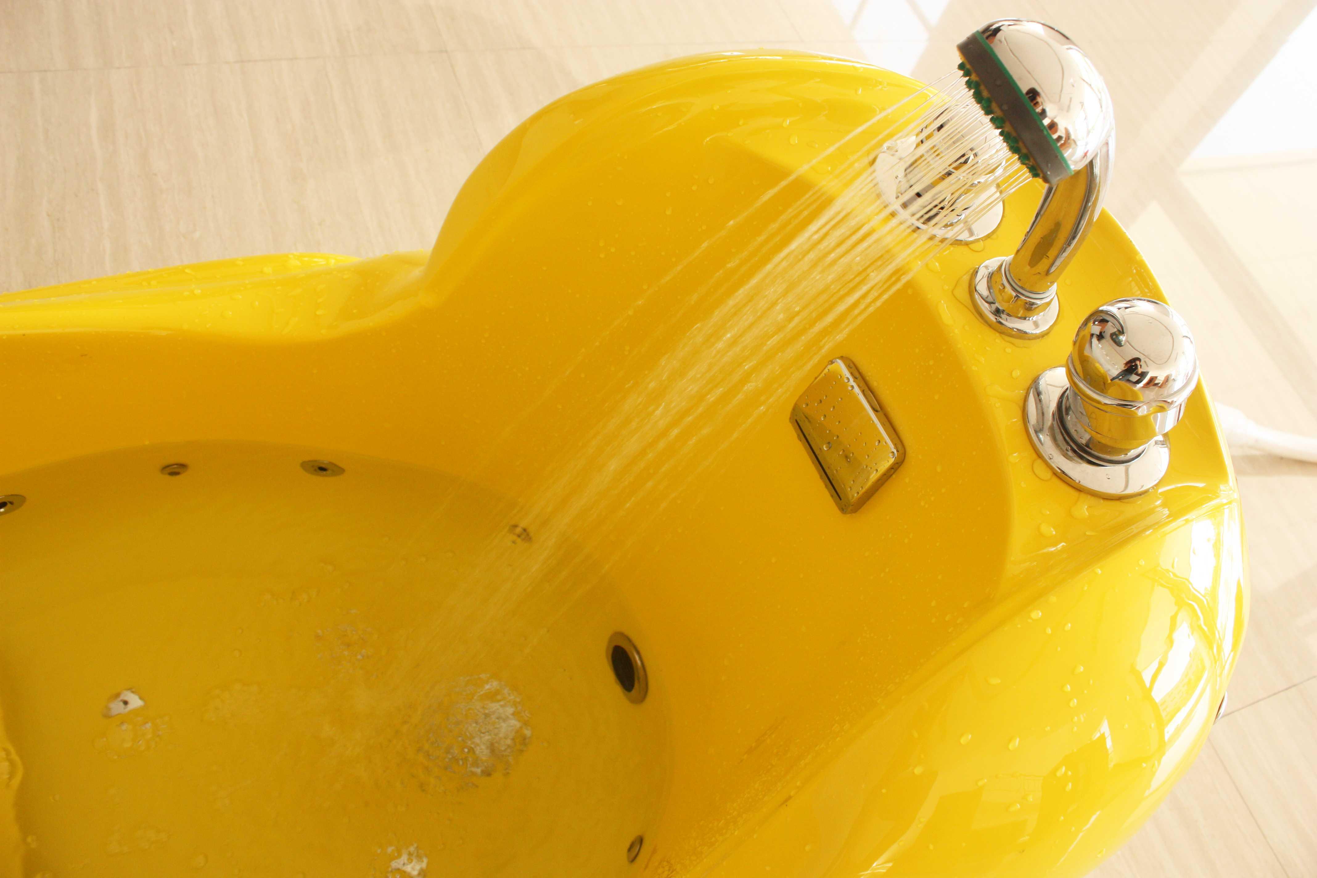 小黃鴨兒童溫水按摩SPA缸4