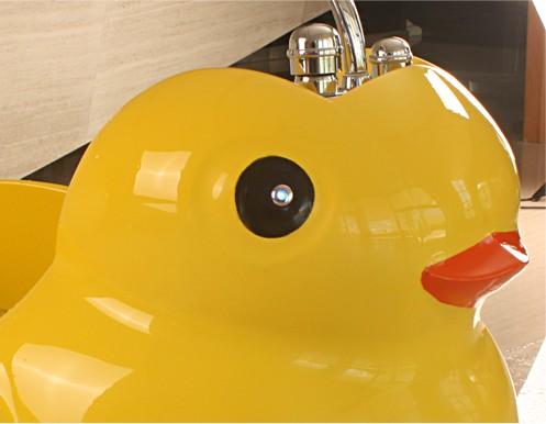 小黃鴨兒童溫水按摩SPA缸5